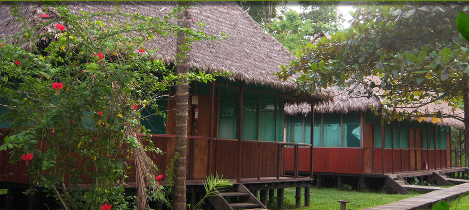 <span class='titre_legend'>Cayman Lodge Amazonia</span><br /><span class='txt_legend'>is place of wonder and to get away created to protect <br />the ecology and environment in harmony and comfort.</span>